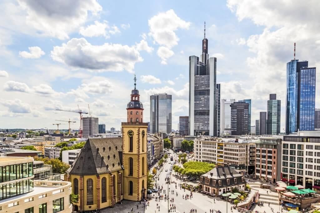 Евтини самолетни билети Франкфурт