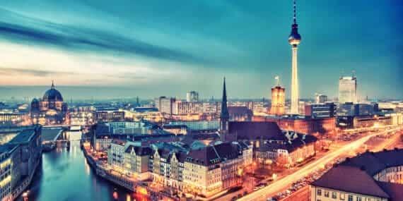 Евтини самолетни билети до Берлин