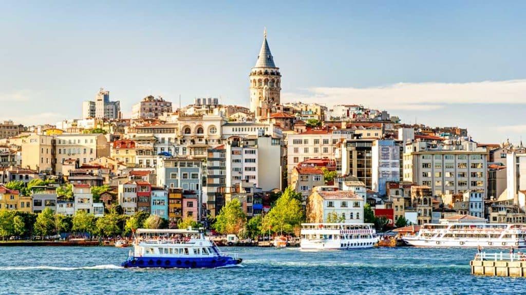 Евтини самолетни билети до Истанбул.